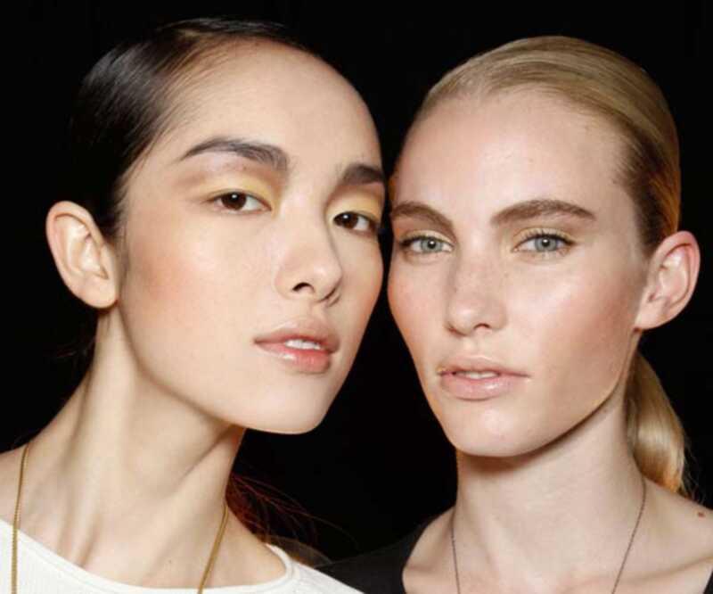 8 no labākajiem jaunajiem kosmētikas līdzekļiem, lai uzlabotu ādu