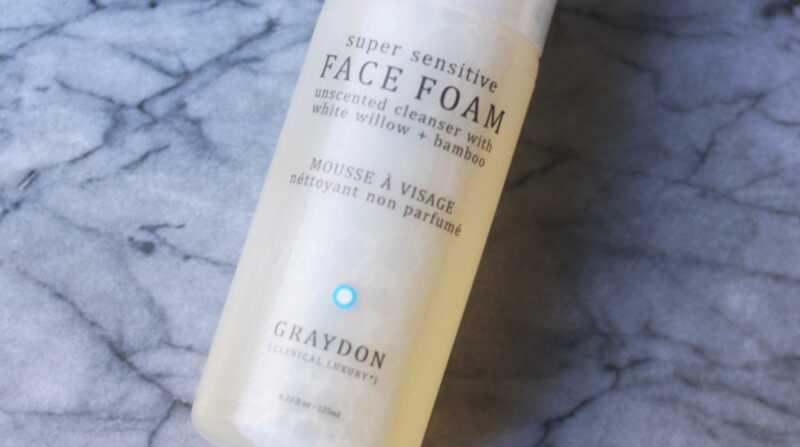 El millor netejador per a la pell sensible: revisió descuma cara a grisà