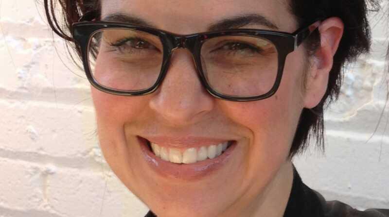 Lartista de maquillatge Diana Carreiro en els seus productes de bellesa necessaris i molt més