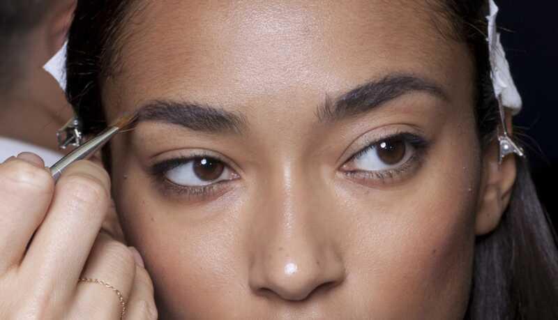 Como preencher suas sobrancelhas