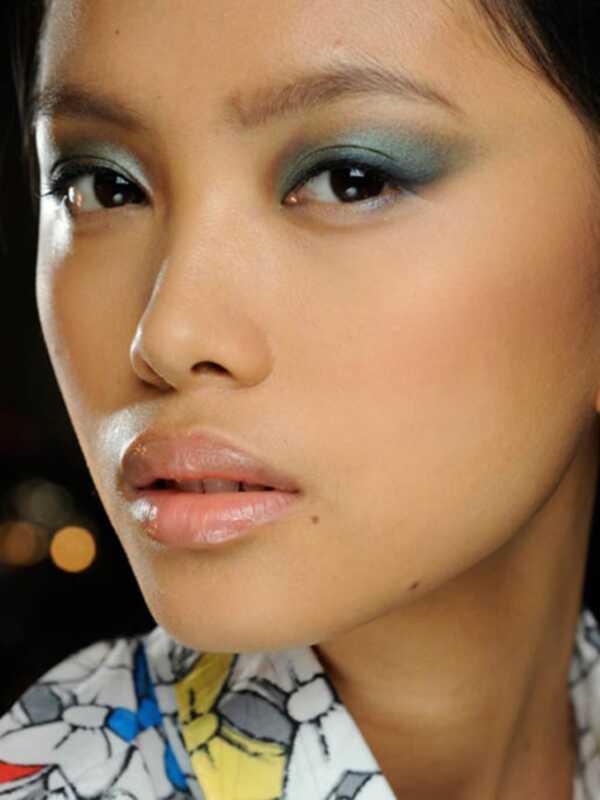 5 cool nápady na make-up očí priamo z týždňa módy v New Yorku