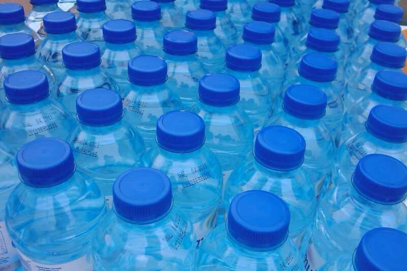 Zal het drinken van meer water je huid echt verbeteren?