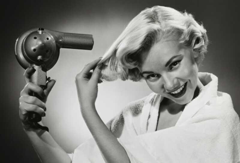 4 najboljših sušilnikov za lase pod 200 EUR