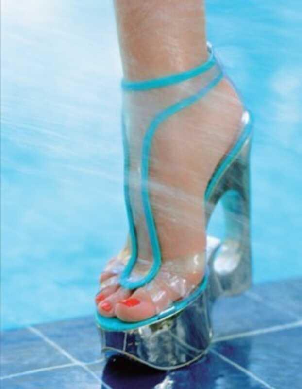 Kako popraviti suhe, ispucane noge