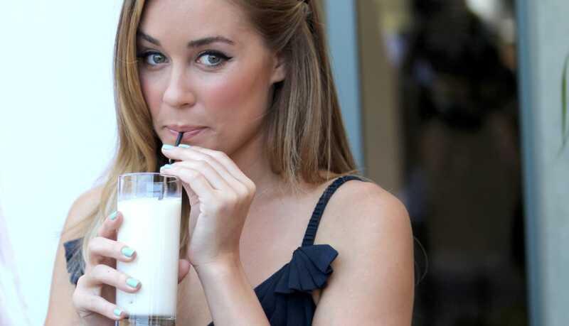 Kā pārtraukt izlaušanos no piena un piena