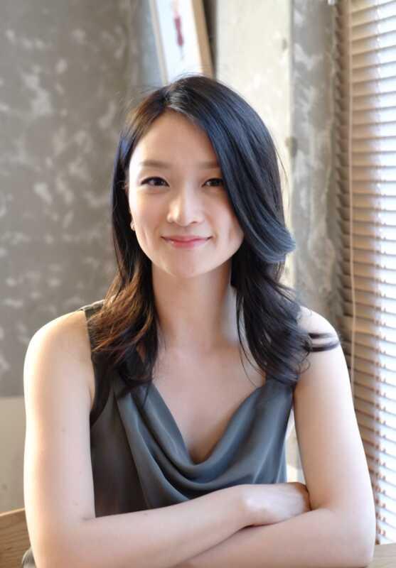Lexpert en bellesa de K-Christine Chang sobre les tendències de pell més propera