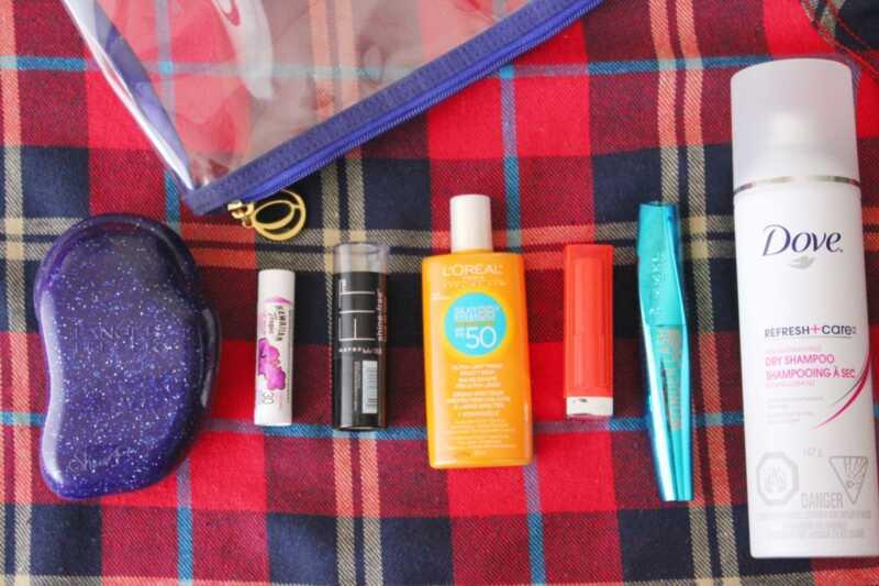 Productes de bellesa per al càmping: 9 elements bàsics per portar