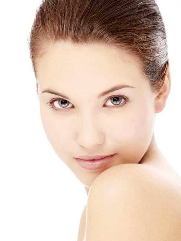 Il viso OxyGeneo ossigeno è come tre trattamenti per la pelle in uno