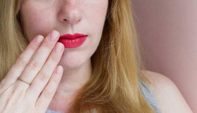 Kā ārstēt aukstumpumpas: 5 lietas, kas jums jādara, kad saņemat vienu