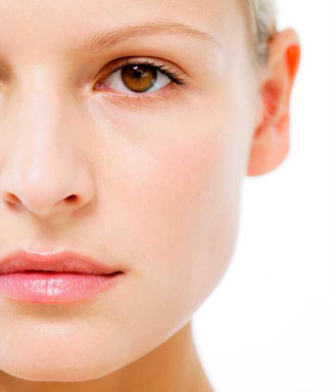 Czy należy samemu leczyć trądzik lub udać się do dermatologa?