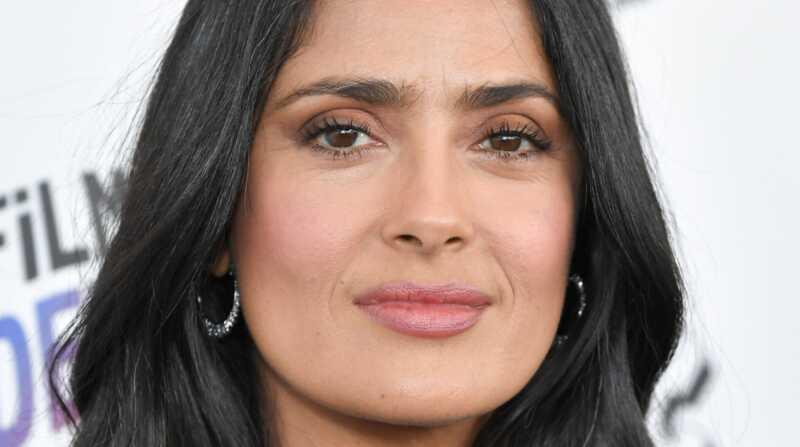 Salma Hayek bőrápolási rutin: a pontos termékeket használja