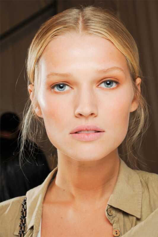Како мешати своју шминку као професионалца