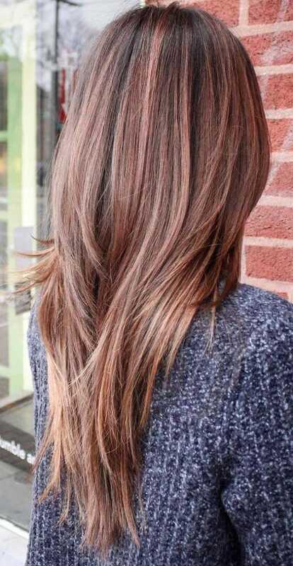 bruna slingor på blont hår
