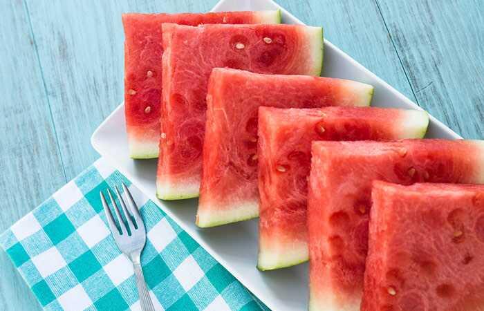 21 najlepších výhod melónu (Tarbooz) pre pokožku, vlasy a zdravie