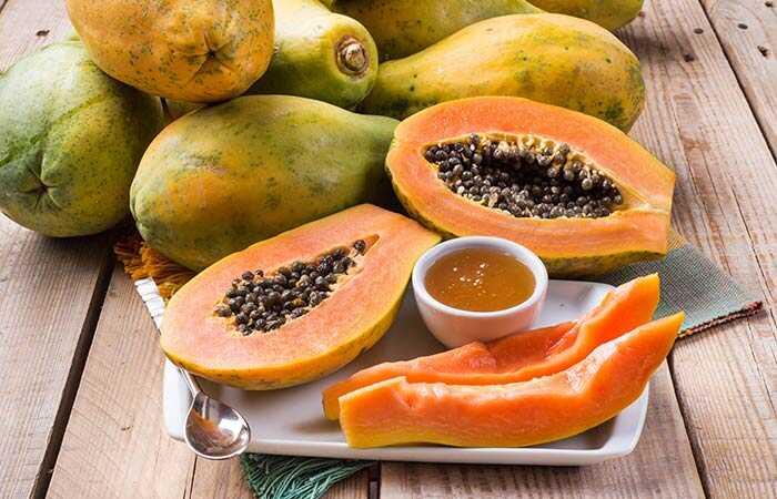7 papaya face packs voor gloeiende, eerlijke en gladde huid