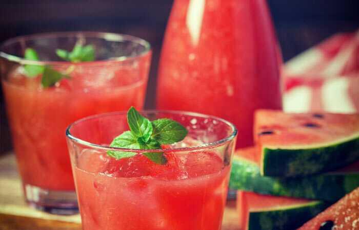 Top 10 οφέλη από χυμό καρπούζι (Tarbooz Ka Ras) για το δέρμα, τα μαλλιά και την υγεία