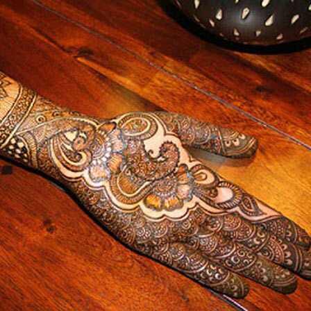 Najlepšie svadobné návrhy Asha Savla Mehndi - naše top 10