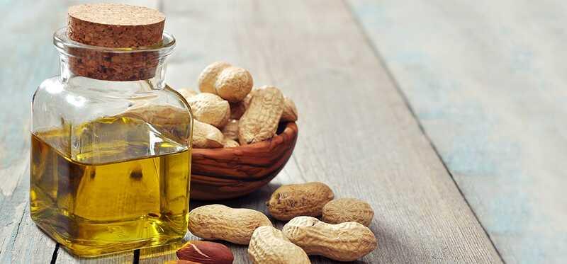 14 najlepších výhod Arašínového oleja (Mungfali Ka Tel) pre pokožku, vlasy a zdravie