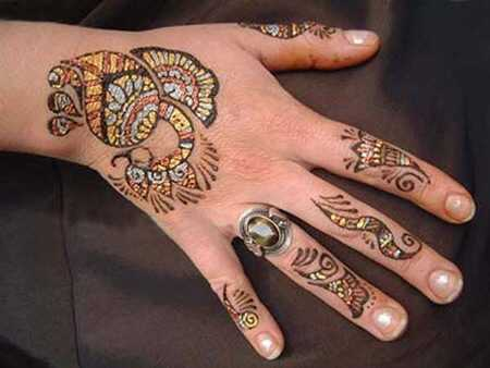 Bedste Glitter Mehndi designs - vores top 10