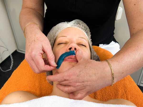 Remeis casolans i consells per a cabells facials no desitjats