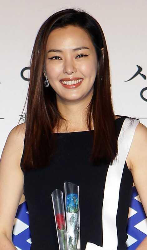 6 gražiausių Azijos modelių šukuosena