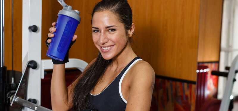 10 migliori proteine che agitano per la formazione di muscoli