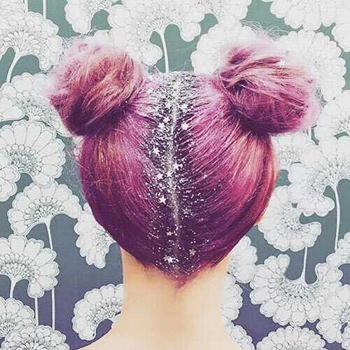 10 penteados Emo para meninas com cabelo médio