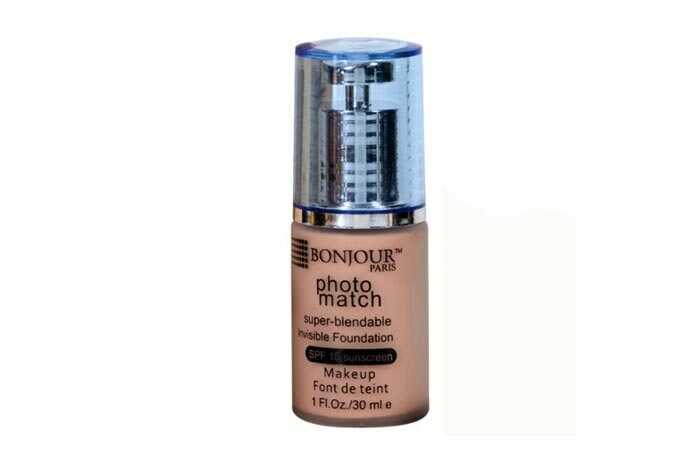 6 najlepších výrobkov na nepremokavé make-up na používanie pri plávaní