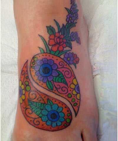 Најдобро дизајни за јин и јанг за тетоважа - нашите први 10