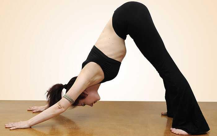 5 bedste yoga asanas for at stramme din hud