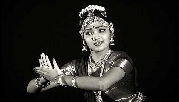 Bharatanatyam makeup tutorial v 10 jednoduchých krokoch