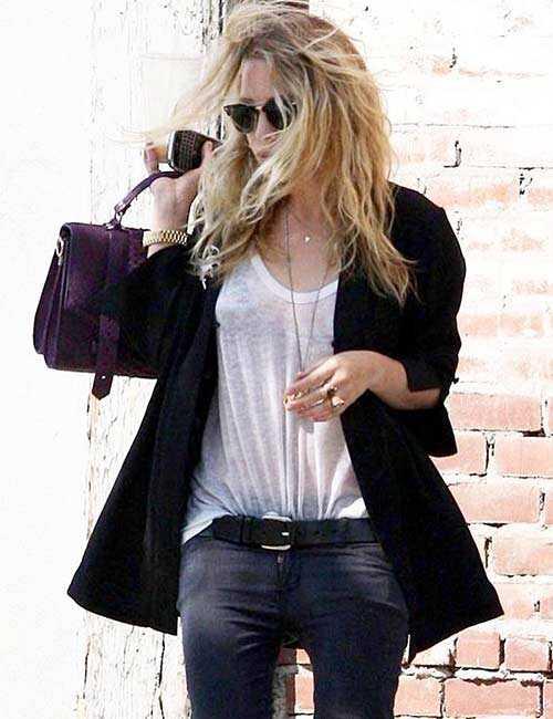 Ką dėvėti su juodais džinsais - stiliaus ir aprangos idėjos