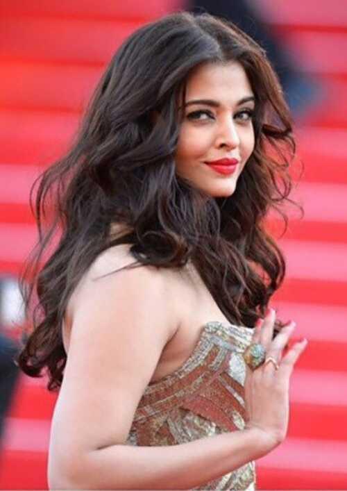 Top 12 Bollywood krásy tajomstvo, mali by ste vedieť a nasledovať