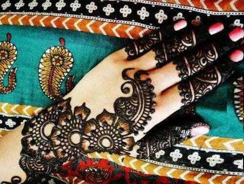 Top 10 Bollywood svadobné Mehndi vzory Môžete skúsiť