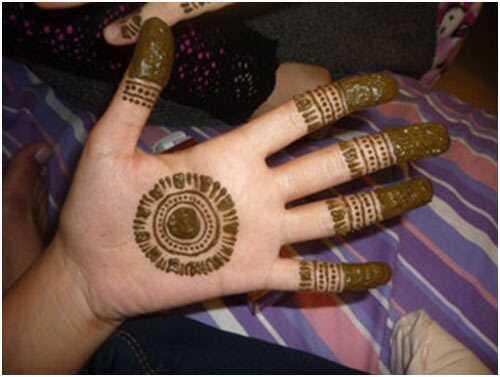 8 úžasných pakistanských dizajnov Mehndi
