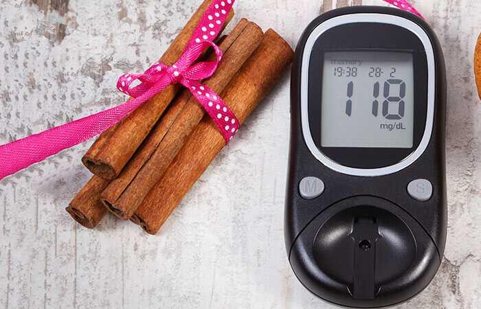 Hvordan hjælper kanel med at kontrollere diabetes?