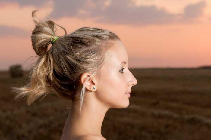5 Cool triky, ktoré vám môžu dať nádherné vlasy cez noc