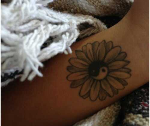 Top 10 dizajn Daisy tetovanie