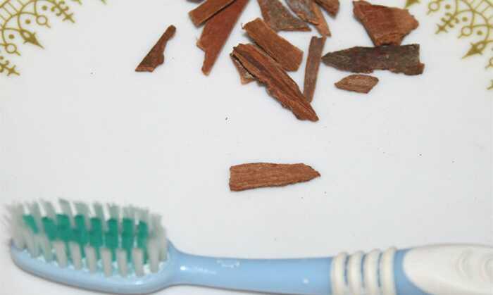 DIY - 5 nemme trin til øjeblikkeligt plumpe op dine læber med kanel