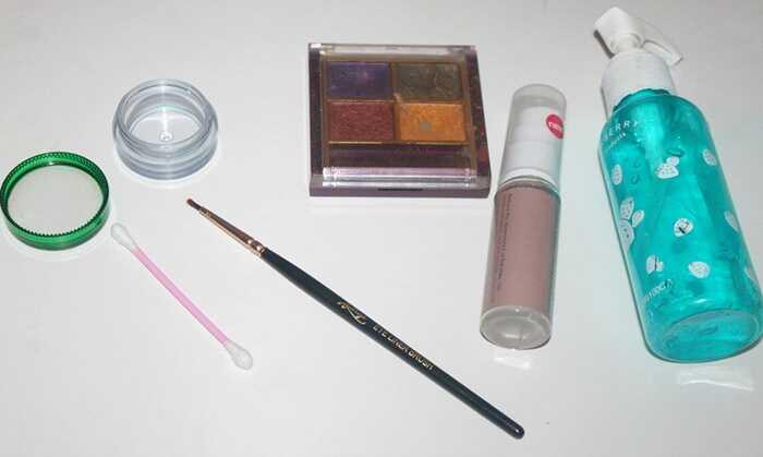 DIY - 5 jednoduchých krokov na vytvorenie očné linky Z očného tieňa