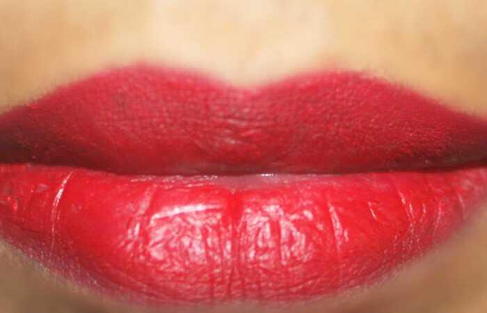 5 Nemme trin til at gøre 3D-lip makeup - tutorial med detaljerede trin og billeder