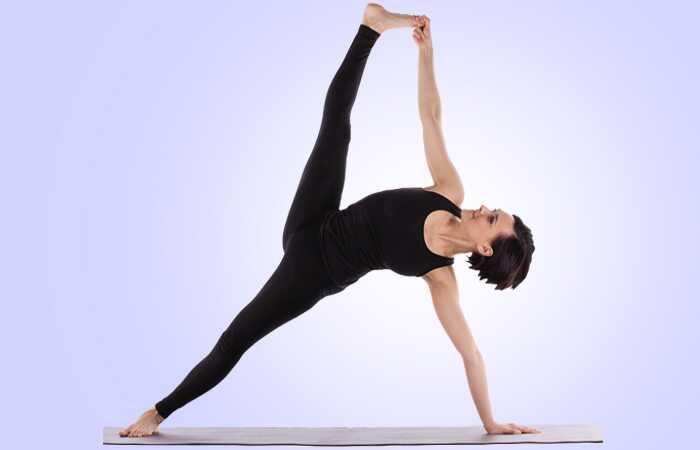 10 efektívnych cvičení na zníženie bočného tuku
