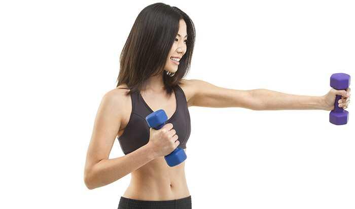 10 účinných cvičení na posilnenie hornej časti tela