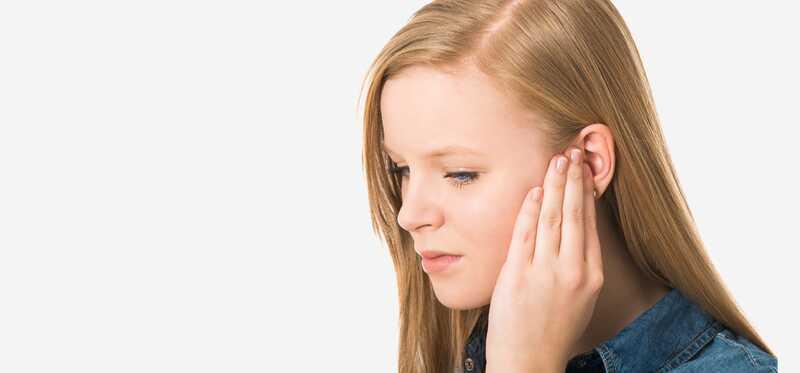 25 účinných domácich liekov na tinnitus