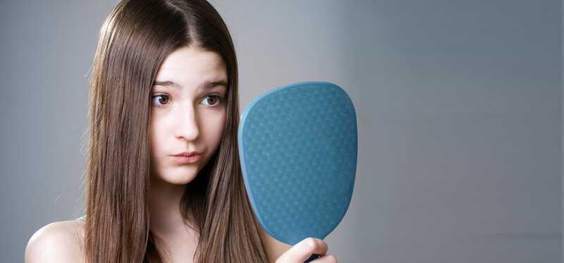 10 effektive hjemmehjælpemidler til at slippe af med brune pletter på huden