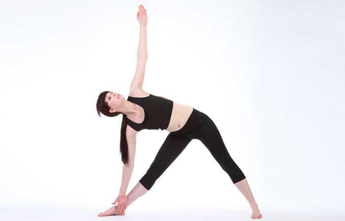 8 účinných jogových asáni, ktoré udržujú vaše kosti zdravé