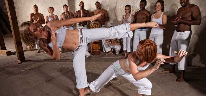 9 úžasných prínosov Capoeira Workout na posilnenie vášho tela