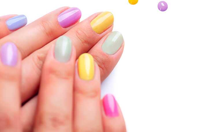 Neúspešné triky na udržanie vašich novo-maľovaných nechtov od rozmazania!