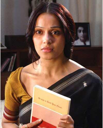 10 billeder af Bipasha Basu uden makeup