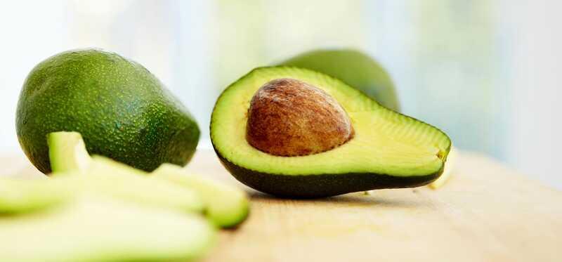 51 úžasných prínosov Avokádo - Butter Fruit - Makhanphal pre pokožku, vlasy a zdravie